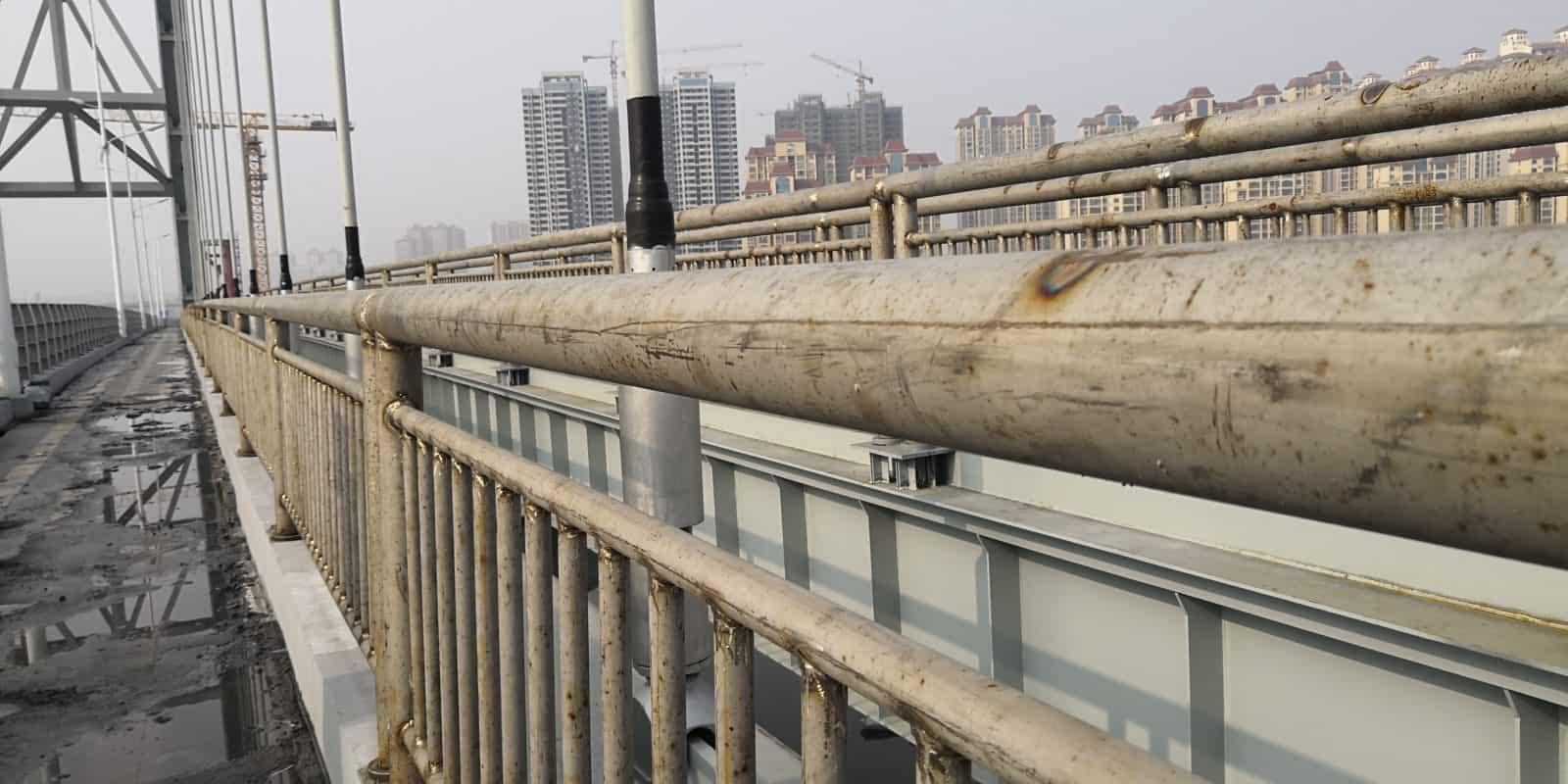 corrosione acciaio inox ringhiera ponte